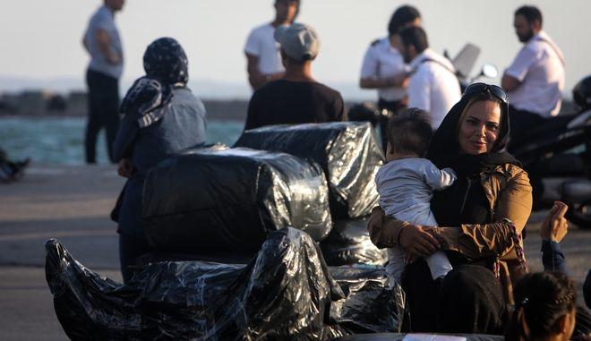 Μεταφορά προσφύγων στη Θεσσαλονίκη