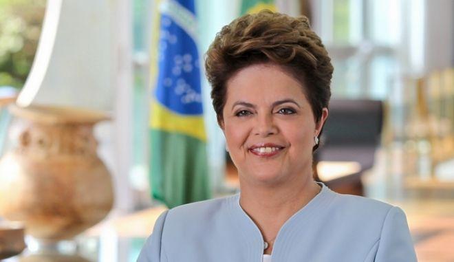 Βραζιλία: Ο κυβερνητικός εταίρος της Ρουσέφ σκέφτεται να διακόψει τη 'συνεργασία' τους