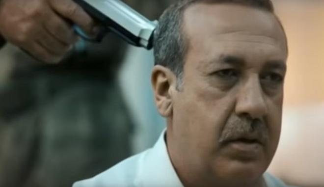 Το πιστόλι στον κρόταφο του Ερντογάν, έστειλε τον παραγωγό φυλακή