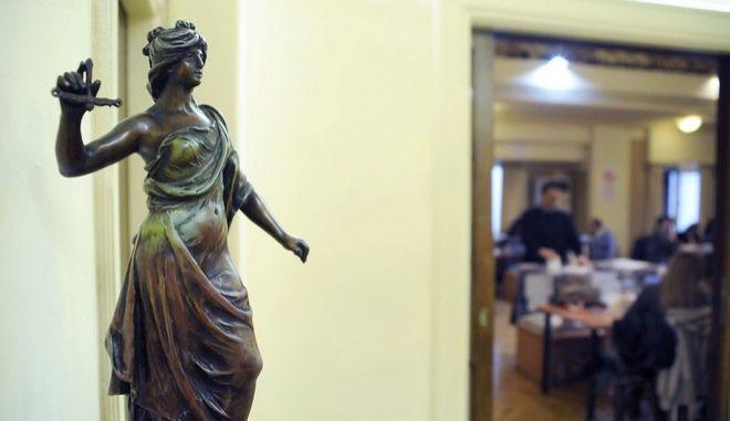 ΕΚΛΟΓΕΣ ΣΤΟ ΔΙΚΗΓΟΡΙΚΟ ΣΥΛΛΟΓΟ ΤΗΣ ΑΘΗΝΑΣ.  (PHASMA / ΘΑΝΑΣΗΣ ΔΗΜΟΠΟΥΛΟΣ)