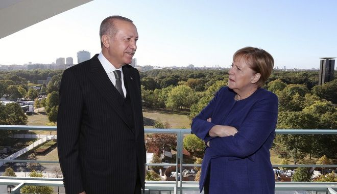 Η Άνγκελα Μέρκελ και ο Ρετζέπ Ταγίπ Ερντογάν σε συνάντησή τους στο Βερολίνο τον Σεπτέμβριο του 2018
