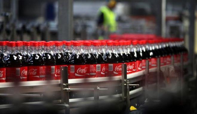 Καθαρά κέρδη ύψους 191,6 εκατ. ευρώ εμφάνισε η Coca-Cola HBC AG το Α' εξάμηνο 2017