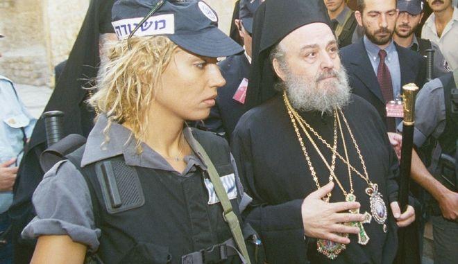 Ο Ειρηναίος στην ενθρόνισή του το 2001