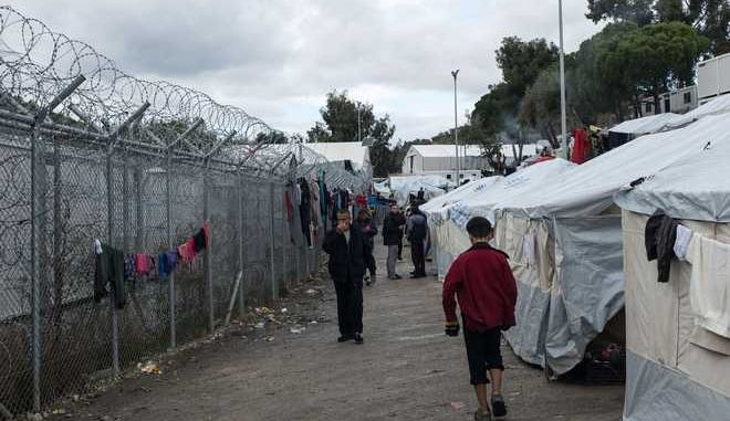 Inside the Moria camp on the island of Lesbos, Greece, on November 28, 2017 /        ,  ,  28 , 2017