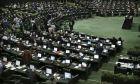 Εικόνα από το εσωτερικό του ιρανικού κοινοβουλίου στην Τεχεράνη