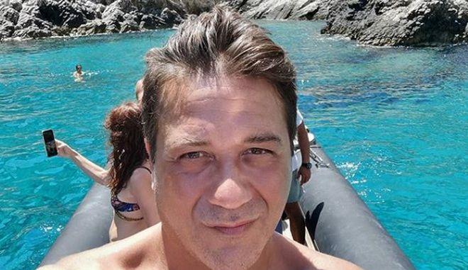 Ο ηθοποιός Enrique Arce στη Φολέγανδρο