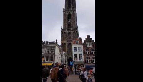 Βίντεο: Καμπάνες εκκλησίας στην Ολλανδία έπαιξαν στους ρυθμούς του Dj Avicii