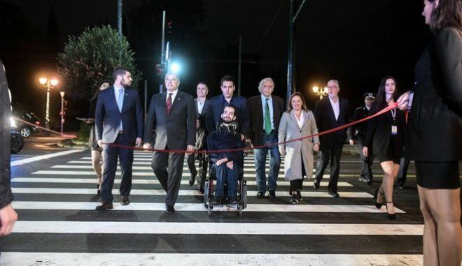 """Εγκαίνια της πρώτης """"Έξυπνης Πρότυπης και Σύγχρονης Διάβασης Πεζών"""" στην Αθήνα την Πέμπτη 12 Δεκεμβρίου 2019."""