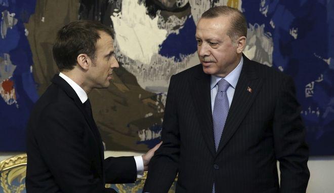 Ο Γάλλος πρόεδρος Εμανουέλ Μακρόν και ο πρόεδρος της Τουρκίας Ρετζέπ Ταγίπ Ερντογάν