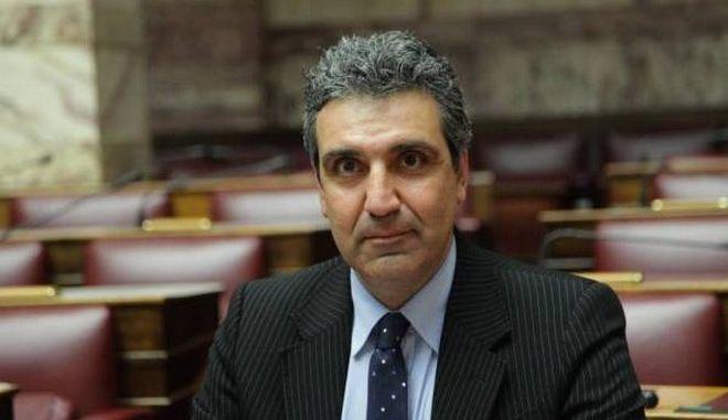 Φωκάς: 'Στο ΚΕΕΛΠΝΟ πετούσαν τα χρήματα του φορολογούμενου'