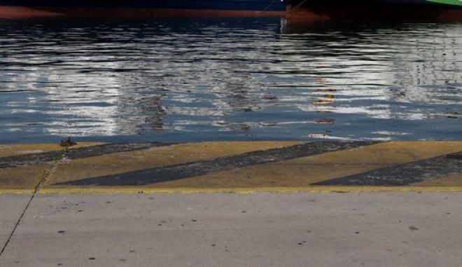 Εικόνα από το λιμάνι του Πειραιά