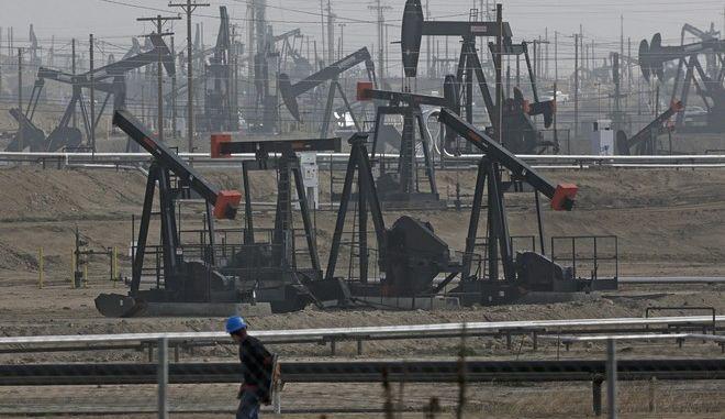 Παραγωγή πετρελαίου στην Καλιφόρνια