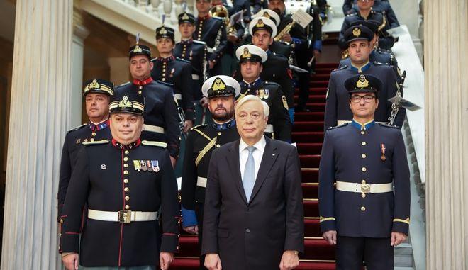 Πρωτοχρονιάτικα κάλαντα στον πρόεδρο της Δημοκρατίας Προκόπη Παυλόπουλο