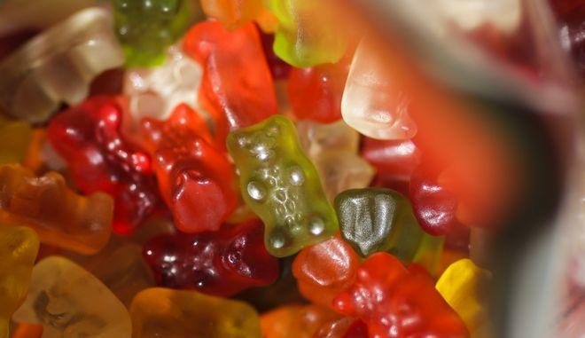 Η Haribo gummy bear της Γερμανίας, με έδρα τη Βόννη, ανακοίνωσε το 2017 ότι θα άνοιγε ένα εργοστάσιο στο Ουισκόνσιν των ΗΠΑ το 2020.