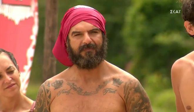 "Survivor 4 - Τριαντάφυλλος σε Τζέιμς: ""Γιατί κάνεις τον ρουφιάνο;"""