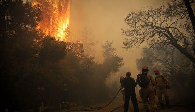 Πυρκαγιά στην περιοχή της Κινέτας