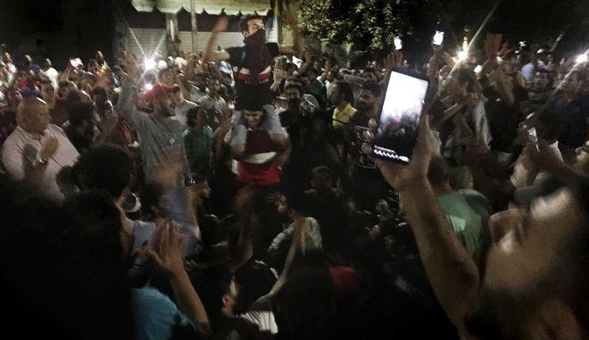 Εικόνα από διαδήλωση στο Κάιρο κατά του προέδρου Άμπντελ Φατάχ αλ Σίσι