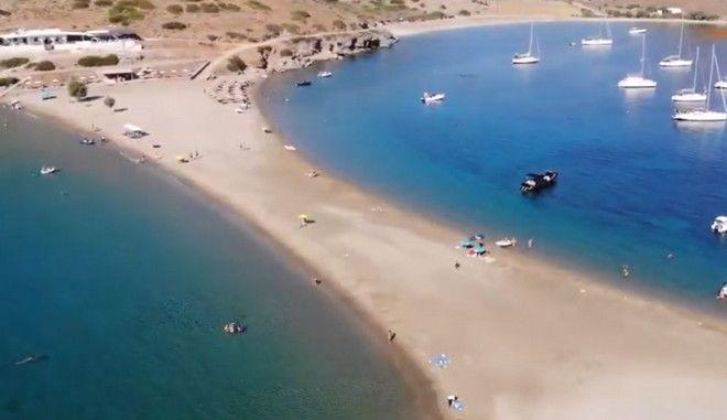 Στιγμιότυπο από την παραλία της Κολώνας στην Κύθνο