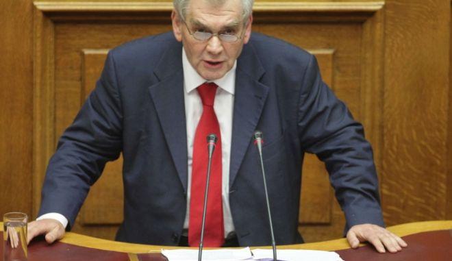 Παπαγγελόπουλος: Η διαπλοκή ψυχορραγεί και παραληρεί