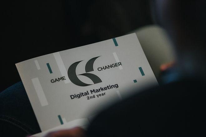 Game Changer in Digital Marketing 2017: Η απάντηση στο ad blocking είναι να κάνουμε τον κόσμο, να ερωτευτεί ξανά τη διαφήμιση