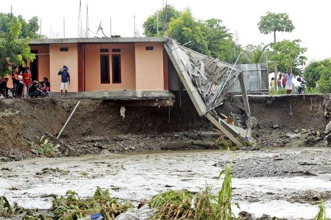 Πλημμύρα στην Ινδονησία