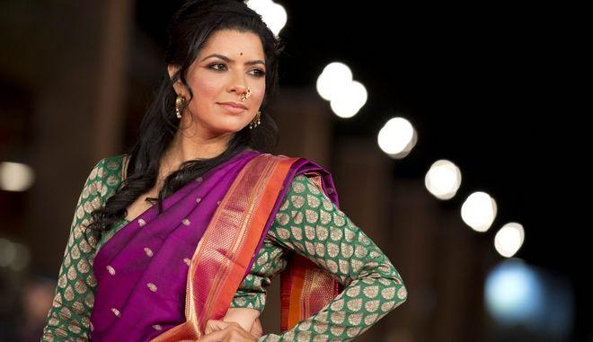 """Ινδή ηθοποιός """"τόλμησε"""" να γυρίσει σκηνές σεξ και χαρακτηρίστηκε """"πορνοστάρ"""""""