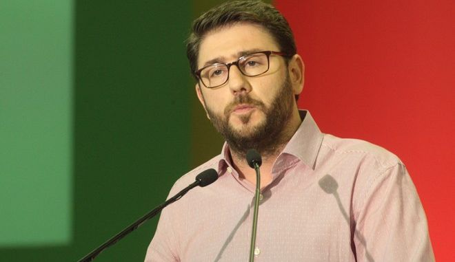 Ανδρουλάκης: Δεν θα γίνουμε δεκανίκι κανενός