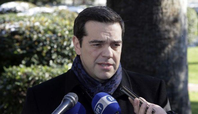 Συνάντηση του Προέδρου της Δημοκρατίας Προκόπη Παυλόπουλου με τον πρωθυπουργό Αλέξη Τσίπρα την Τρίτη 10 Ιανουαρίου 2017, στο Προεδρικό Μέγαρο. Ο πρωθυπουργός, ενημέρωσε τον Πρόεδρο της Δημοκρατίας, για τις εξελίξεις στο Κυπριακό ζήτημα. (EUROKINISSI/ΓΙΩΡΓΟΣ ΚΟΝΤΑΡΙΝΗΣ)
