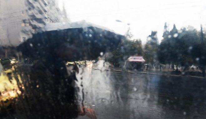 Έντονες καταιγίδες