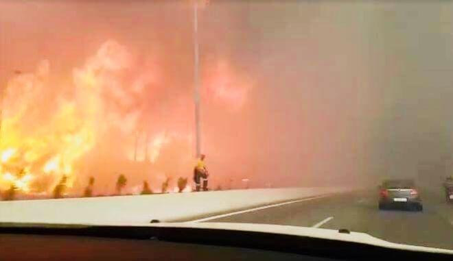 Φωτιά στην Κινέτα: Συγκλονιστικό βίντεο δείχνει την εθνική να φλέγεται