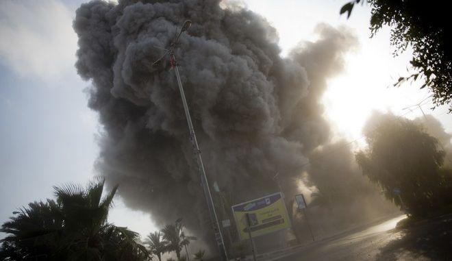 """Σε εξέλιξη """"μαζική"""" αεροπορική επιδρομή του Ισραήλ στη Λωρίδα της Γάζας"""