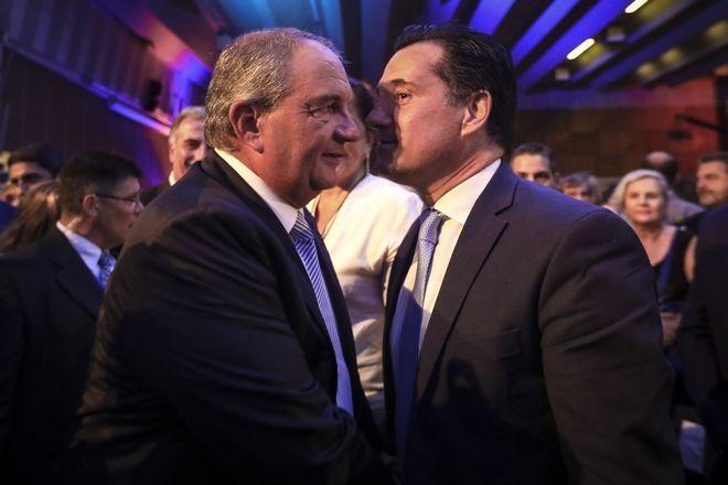 Ο πρώην πρωθυπουργός, Κώστας Καραμανλής με τον αντιπρόεδρο της ΝΔ, Άδωνι Γεωργιάδη