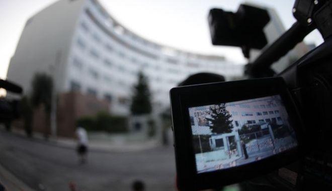 Την Παρασκευή η δικαστική μάχη για τις τηλεοπτικές άδειες