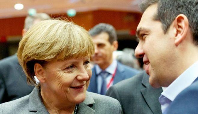 Δημοσκόπηση: Διχάζει τη Γερμανία το ελληνικό πρόγραμμα