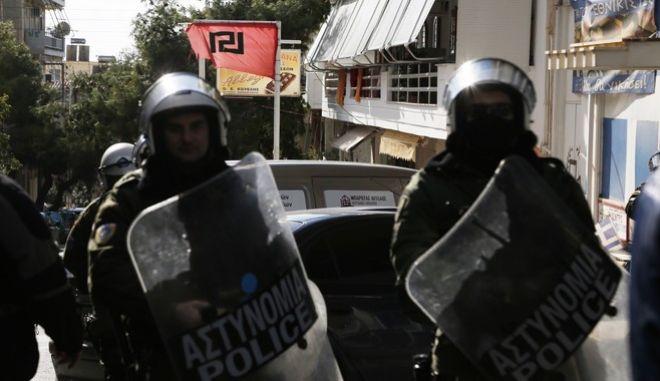 ΠΕΡΑΜΑ-Αντιφασιστική συγκέντρωση στην Πλατεία Ηρώων στο Πέραμα.(Eurokinissi-ΣΤΕΛΙΟΣ ΜΙΣΙΝΑΣ)