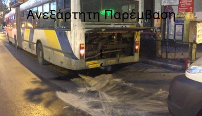 Εξερράγη η μηχανή λεωφορείου του ΟΑΣΑ