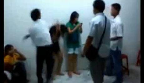 Βίντεο σοκ: Ταϊλανδοί σωματέμποροι ξυλοκοπούν ιερόδουλες και τις αφήνουν αναίσθητες