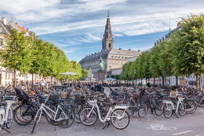Η  Δανία κερδίζει το «πράσινο» στοίχημα πριν το 2030