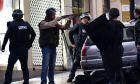 Παρίσι: Νεκρός άνδρας που επιτέθηκε σε αστυνομικό τμήμα, έναν χρόνο μετά το Charlie Hebdo