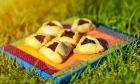 Χαμάντασεν: Τρίγωνα με γλυκιά γέμιση