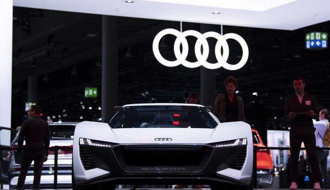 Στιγμιότυπο από την έκθεση της Audi στο Auto Show της Φρανκφούρτης