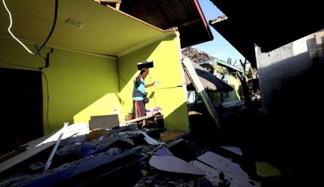 Αυξάνεται ο αριθμός των θυμάτων από τον ισχυρό σεισμό