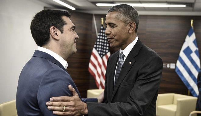 Συνάντηση του πρωθυπουργού Αλέξη Τσίπρα, με τον Αμερικανό  πρόεδρο Μπαράκ Ομπάμα, στο περιθώριο των εργασιών της Συνόδου του ΝΑΤΟ, Σάββατο 9 Ιουλίου 2016. (EUROKINISSI/ΓΡΑΦΕΙΟ ΤΥΠΟΥ ΠΡΩΘΥΠΟΥΡΓΟΥ/ANDREA BONETTI)