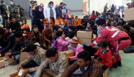 Σε απεργία πείνας εγκλωβισμένοι στα Χανιά, Σύροι πρόσφυγες
