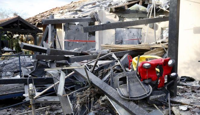 Κατεστραμμένο σπίτι στο Ισραήλ από τη ρουκέτα της Χαμάς