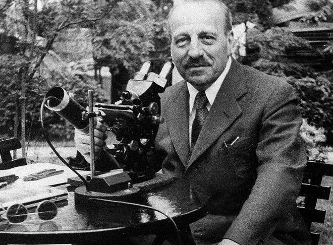 Μηχανή του Χρόνου: Γιατί δεν έδωσαν το Νόμπελ στον Γεώργιο Παπανικολάου που ανακάλυψε το σωτήριο τεστ ΠΑΠ