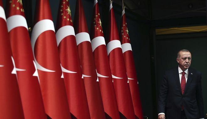 Οικονομικός πόλεμος στην Τουρκία