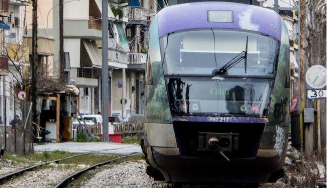 Νεκρός ο νεαρός Ρομά που παρασύρθηκε από αμαξοστοιχία - Επεισόδια στο σημείο