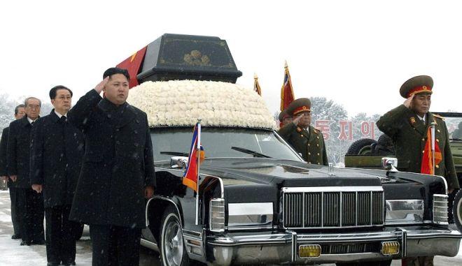 """Βόρεια Κορέα : """"Ανώτατος ηγέτης"""" ο Κιμ Γιονγκ- Ουν"""