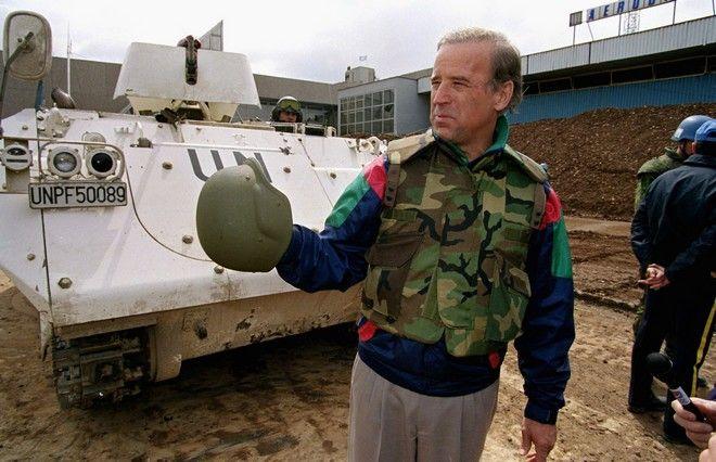 Ο Τζον Μπάιντεν στο Σαράγεβο τον Απρίλιο του 1993